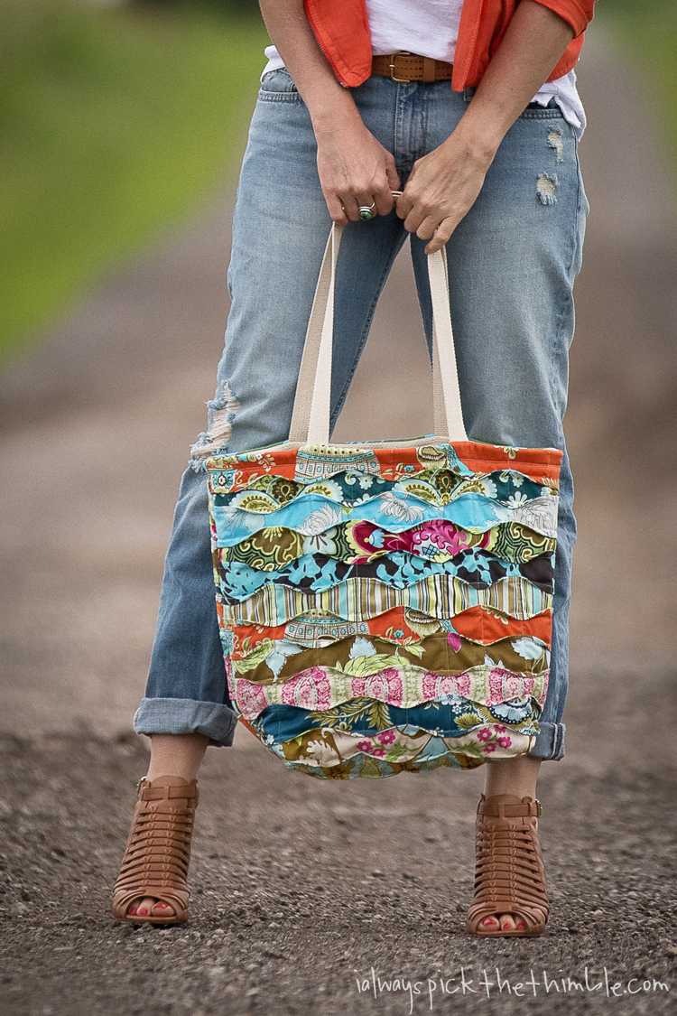 Quilted Knitting Bag Pattern Free : Memory Lane Quilted Tote Bag Pattern