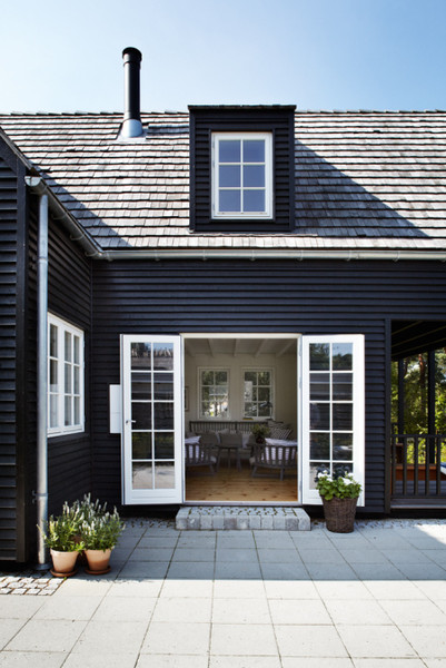 Black houses new roof and down it comes - Black house with white trim ...